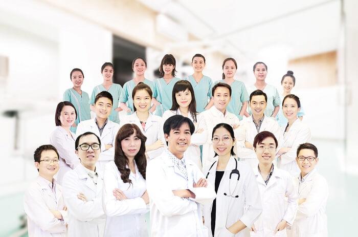 Bác sĩ hướng dẫn: Cách điều trị trẻ bị sốt phát ban hiệu quả