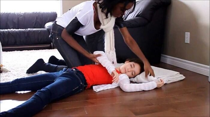 Động kinh ở trẻ em - Tổng hợp những kiến thức hữu ích cha mẹ nên biết -1