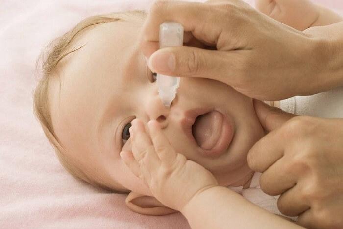 cách trị viêm họng ở trẻ em